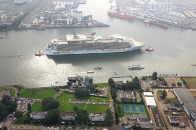 Bijzondere Overnachting Origineel Overnachten Uitzicht over de Maas bij het Delta Hotel in Vlaardingen3