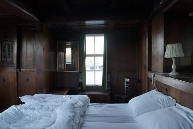 Bijzonder Overnachten Origineel Overnachten Slapen op een nostalgische woonboot aan het Gooimeer8