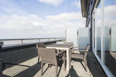 Bijzondere Overnachting Origineel Overnachten Luxe penthouse direct aan het strand van Bloemendaal aan Zee6
