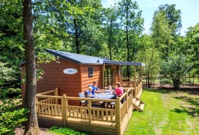 Bijzondere Overnachting Origineel Overnachten Slapen in de natuur in een Woodlodge of Boslodge op Veluwe Camping De Pampel16