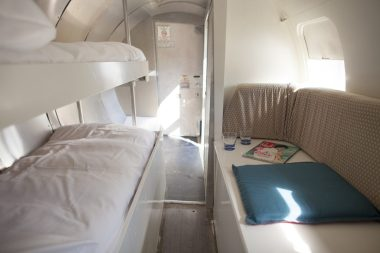 Bijzondere Overnachting Origineel Overnachten Slapen in een vliegtuig Vreemde Vogel Vlaardingen5