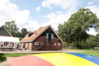 Bijzondere Overnachting Origineel Overnachten Groepsaccommodatie in Twentse Reggehooiberg in Rijssen8