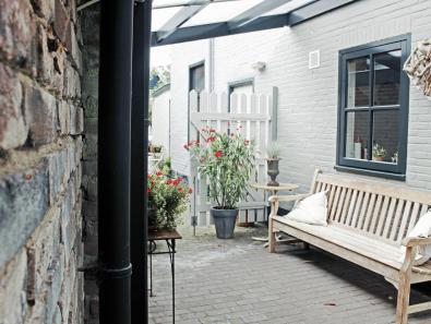 Bijzondere Overnachting Origineel Overnachten Voormalig schildersatelier Villa Gestel in Bergen aan Zee7