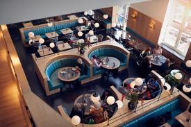 Bijzondere Overnachten Origineel Overnachten Slapen in voormalig scheepshoofdkantoor Lloyd Hotel Amsterdam6
