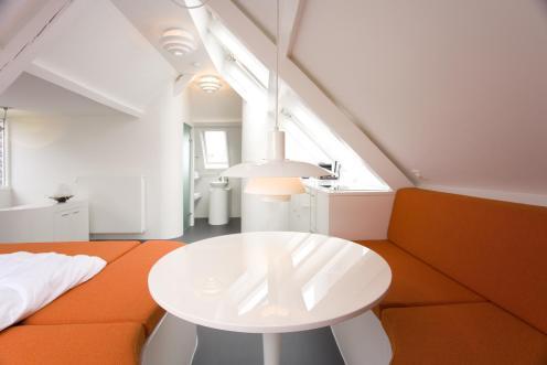 Bijzondere Overnachting Origineel Overnachten Slapen in een trendy design appartement in het centrum van Den Haag10