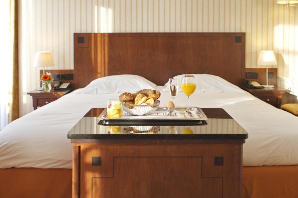 Bijzondere Overnachting Origineel Overnachten Slapen in het Palace Hotel in Noordwijk aan Zee2