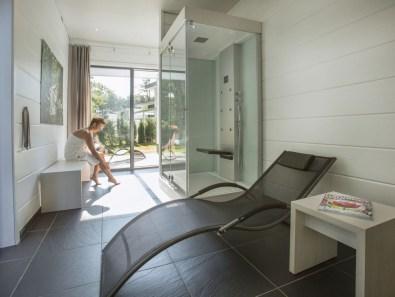 Bijzondere overnachting Origineel overnachten in een wellness villa5
