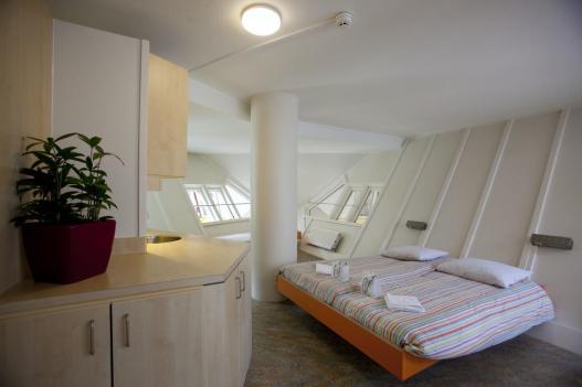 Bijzondere overnachting Origineel Overnachten Slapen in een kubuswoning in Rotterdam 9