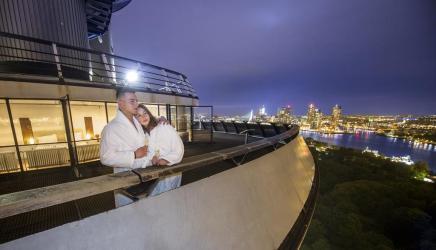 Bijzondere overnachting Romantisch overnachten in de Euromast te Rotterdam 1