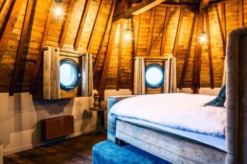 Bijzondere Overnachting Origineel Overnachten Slapen in de Gevangenispoort Suite in Vlissingen 3