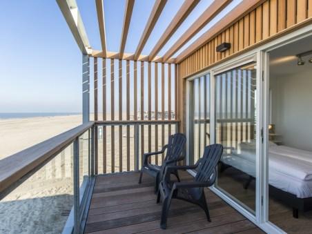 Slapen op het strand in een strandhuisje Landal Beach Villa Hoek van Holland 4