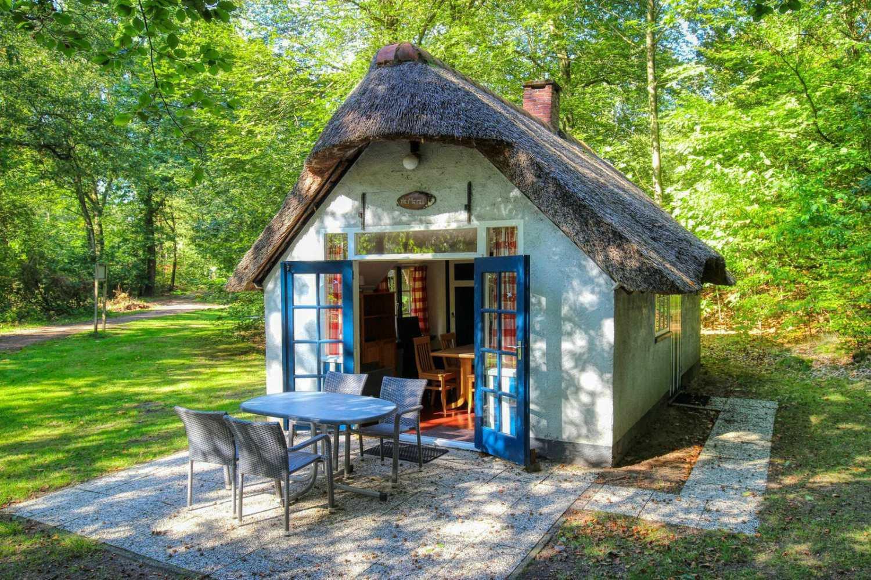 Origineel overnachten in een Hans en Grietje huisje