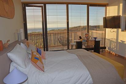 Strandhotel Zoomers Castricum met uitzicht op strand en zee 2
