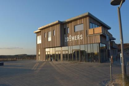 Strandhotel Zoomers Castricum met uitzicht op strand en zee 6