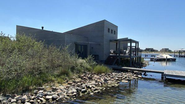 Luxe villa direct aan het strand van Ouddorp Oasis Parc Punt West huisje huren Concert at Sea 13