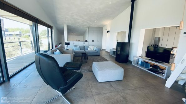 Luxe villa direct aan het strand van Ouddorp Oasis Parc Punt West huisje huren Concert at Sea 6