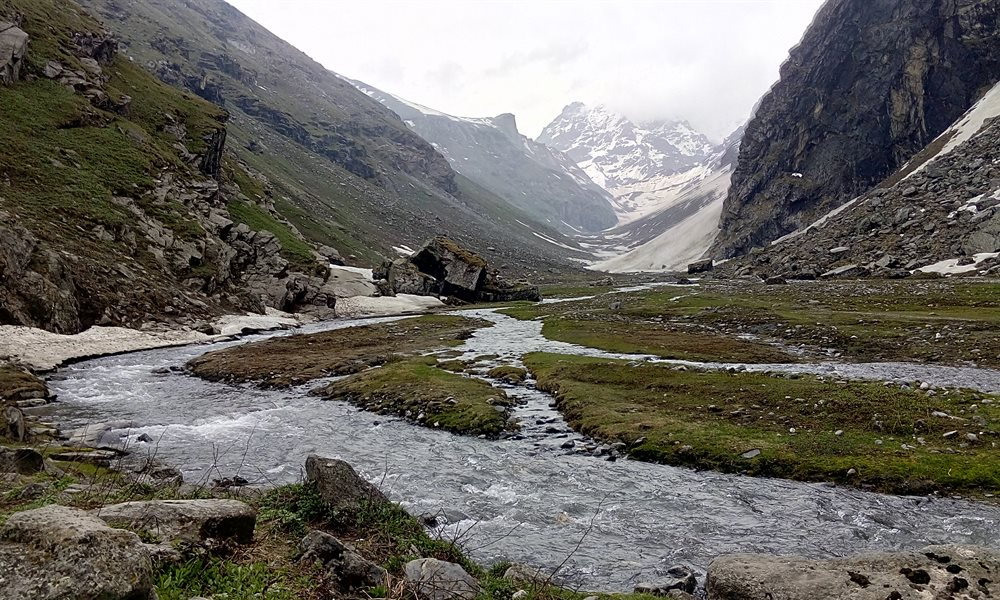Hampta Pass trek: Paradise on Earth