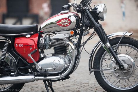 1969 BSA Lightning - Right Side