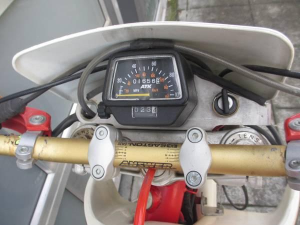 ATK 605 Enduro - Gauges