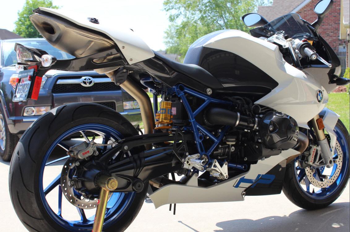 Bmw sport bike 2010