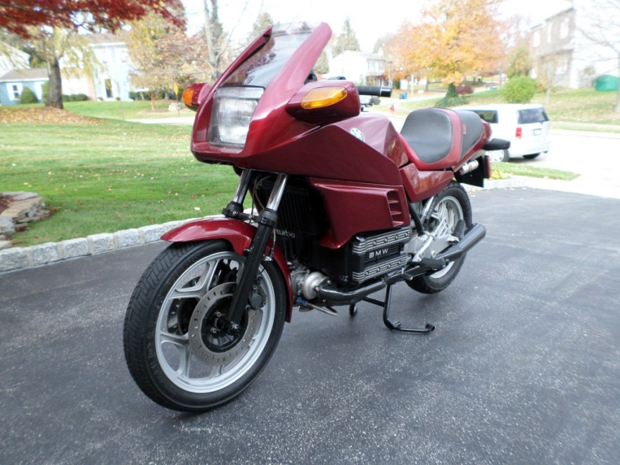 BMW K100RS - Front Left