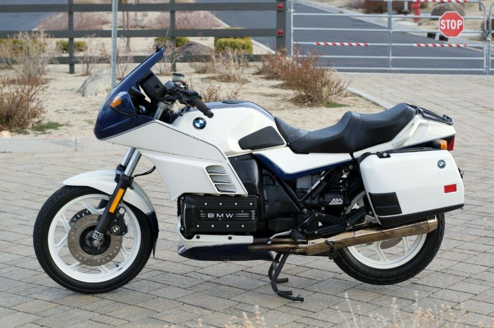 Just finished my 11-month build of a 1985 BMW K100