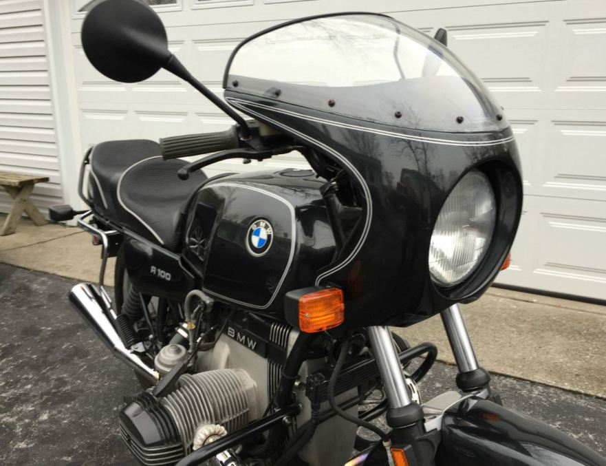 BMW R100 Classic - Front Right