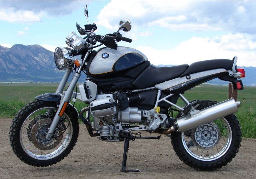 Scrambler Done Right — 2000 BMW R1100R Conversion