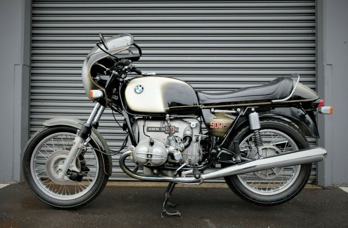 Sold At Mecum - 1974 BMW R90S