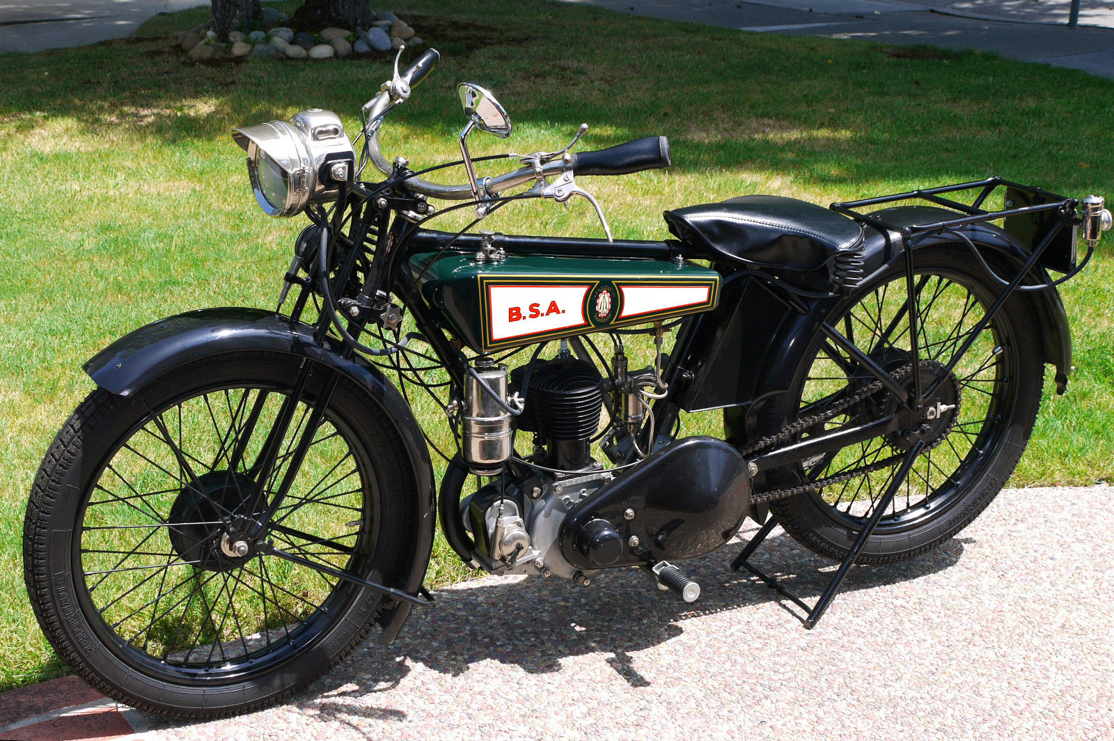 BSA S27 - Left Side