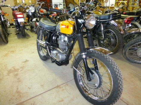 BSA Victor 441 Special - Front Right