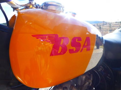 BSA Victor 441 Special - Tank