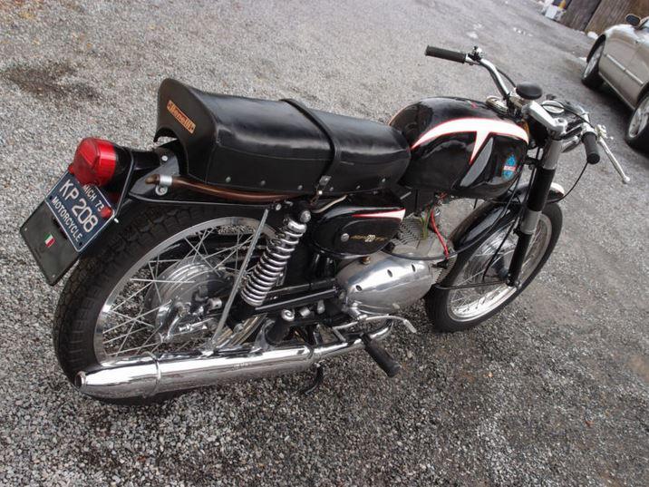 Benelli 200 Sprite - 1