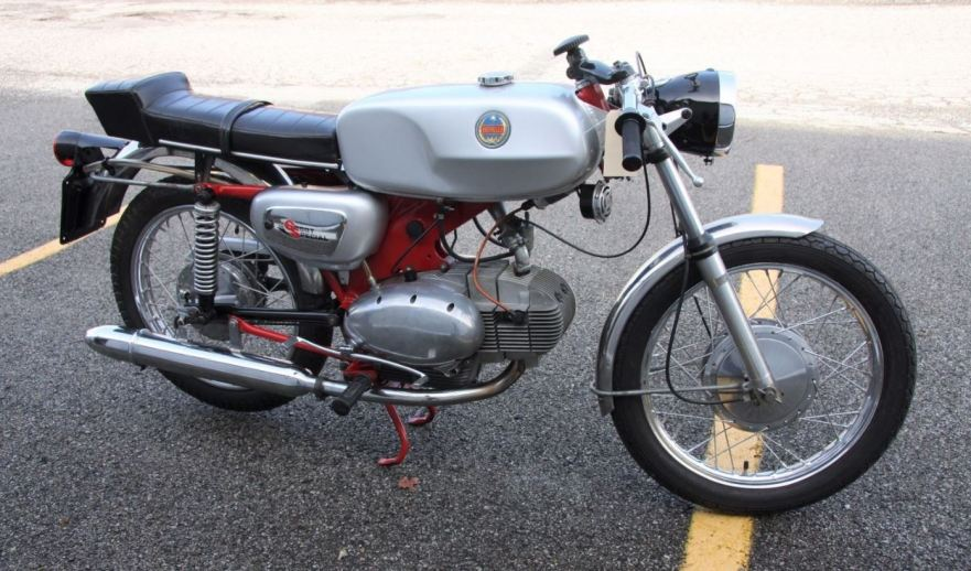 benelli-sport-special-125-right-side