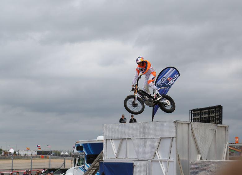 Bike-urious MotoGP Austin - Geoff Aaron Getting Sideways