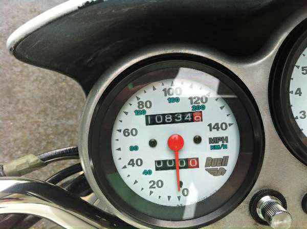 Buell White Lightning - Speedometer