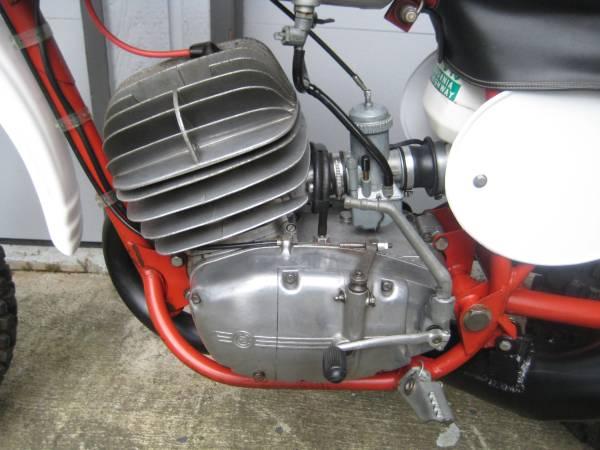 CZ Falta 400 Replica - Engine