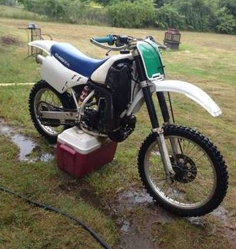 Cagiva WMX 250 - Front Right
