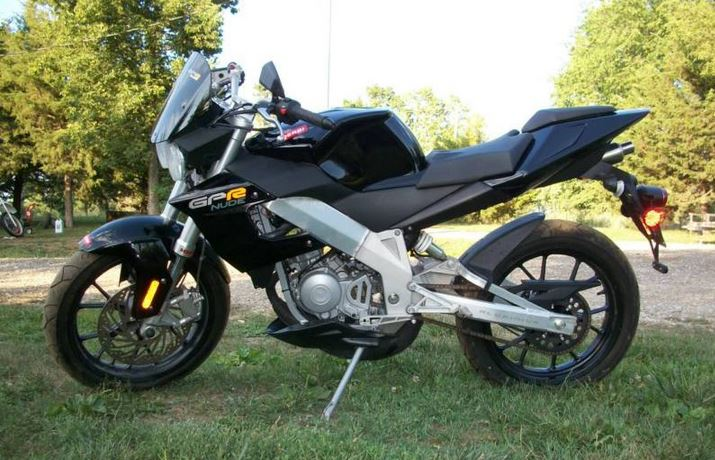 Derbi GPR 50 Nude - Left Side
