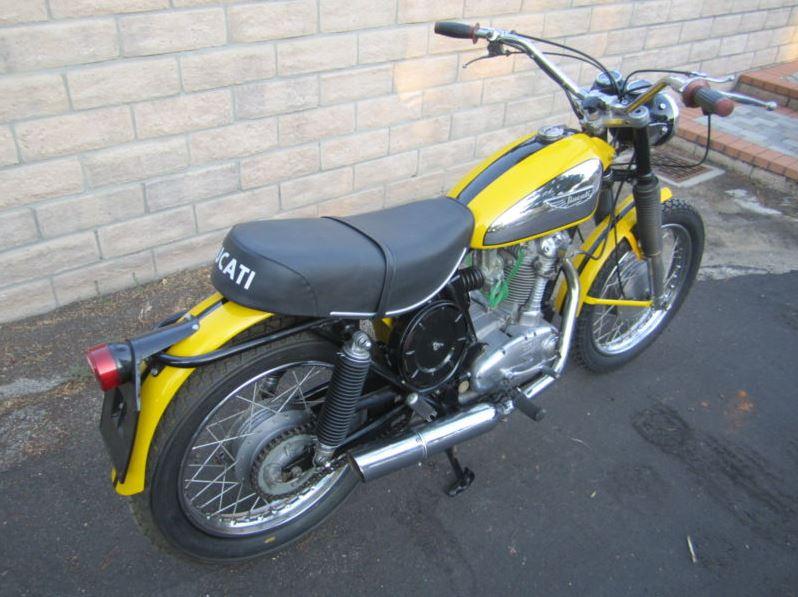 Ducati 450 Scrambler - Rear