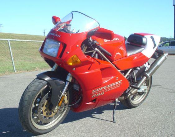 Ducati 888SPO - Front