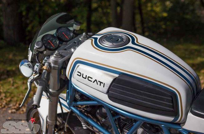 photo from http://www.superstreetbike.com/custom-bikes/daisy-duc-2001-ducati-900-super-sport?image=12