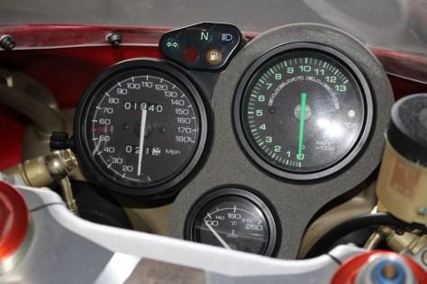 Ducati 916 SPS - Gauges