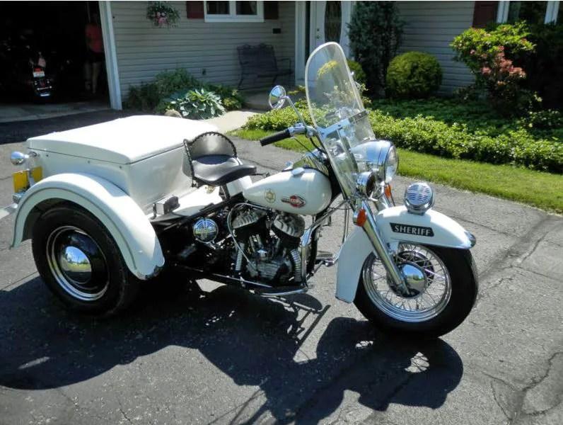 Harley Davidson Servi-Car - Right Side