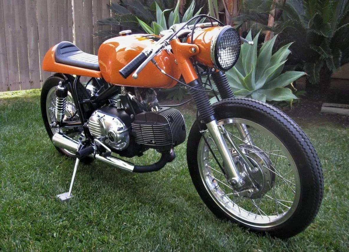 Restomod Italimerican - 1970 Harley-Davidson Sprint SS350