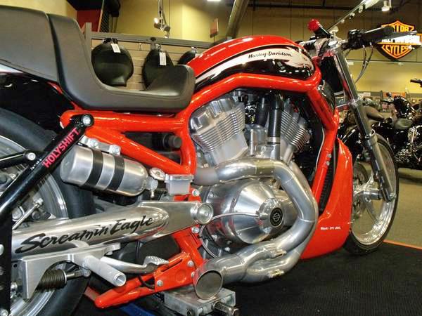 Harley Davidson V-Rod - 2