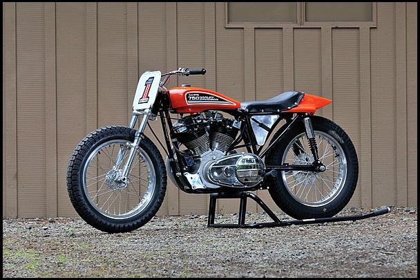 Harley-Davidson XR750 - Front Left
