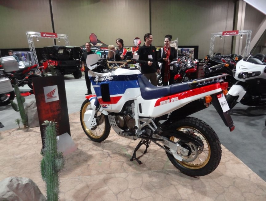 Honda Africa Twin RD03 - Left Side