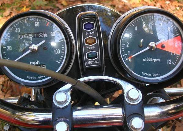 Honda CB350 - Gauges