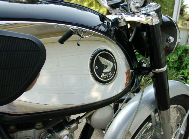 Honda CB450 Super Sport - Tank
